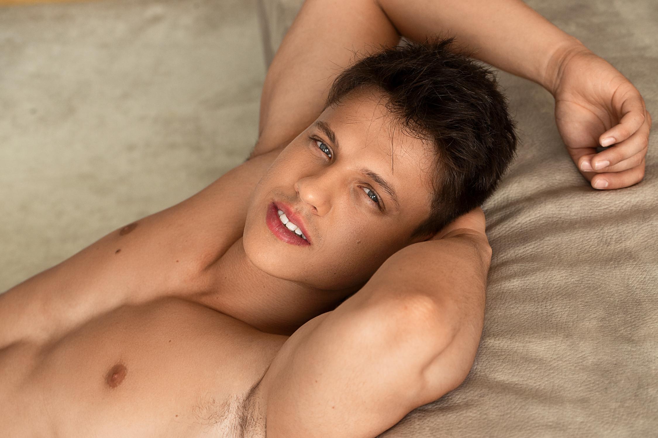 Will D'Arcy, beau mâle séduisant